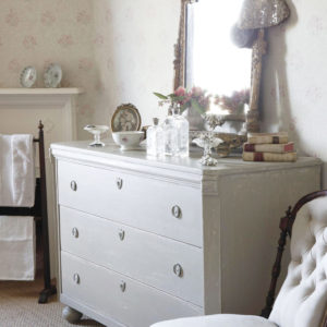 kitty-wallpaper-drawers