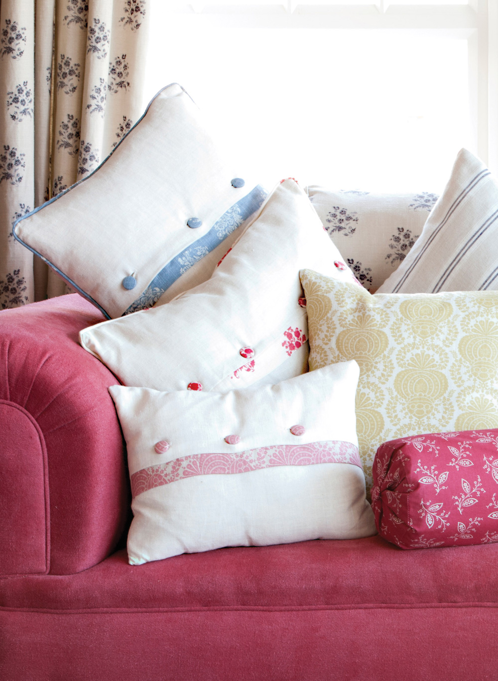 trimmed-cushions