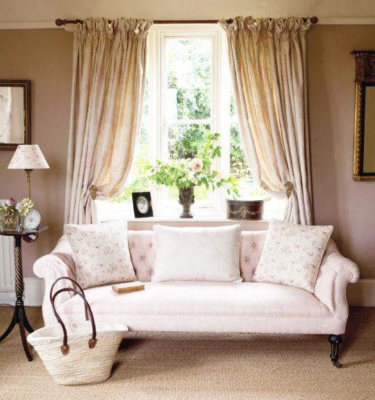ophelia-sofa-pink-sophia-curtains