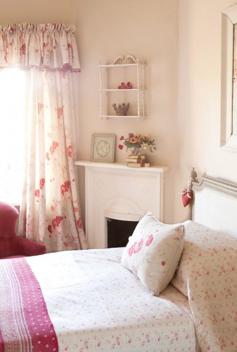 bedroom-amy