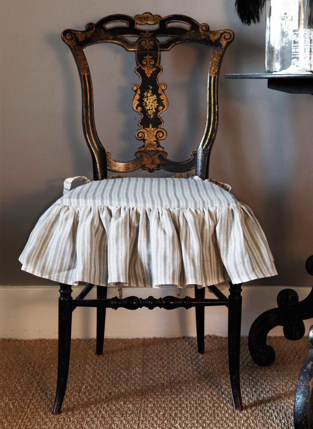 Charcoal-Stripe-Chair-Pad