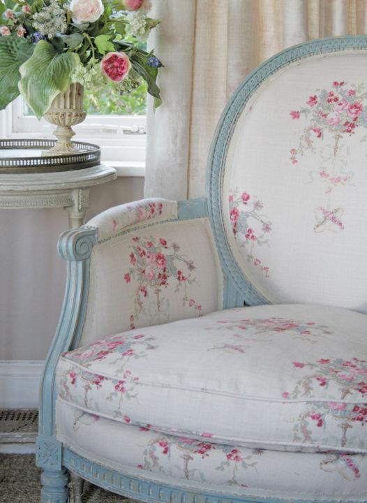 Isobella-Chair