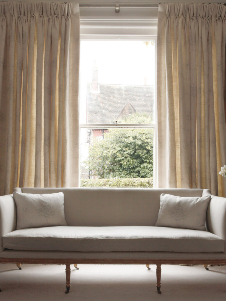 Light-Plain-Linen-Sofa