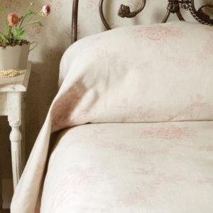 Pink-Sophia-Bedspread2
