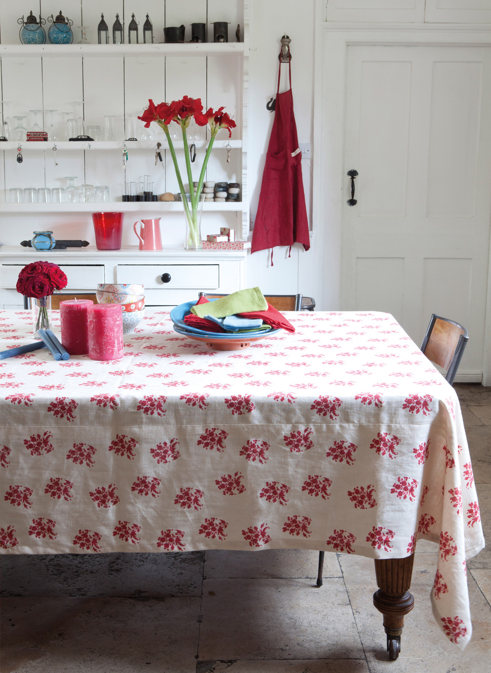 Red-Agnes-Tablecloth