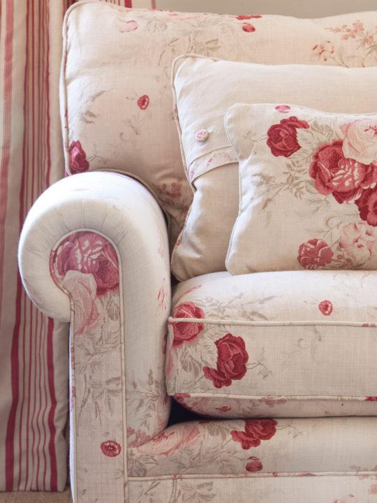 Roses-Sofa-Close-Up