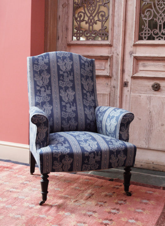 maud-chair