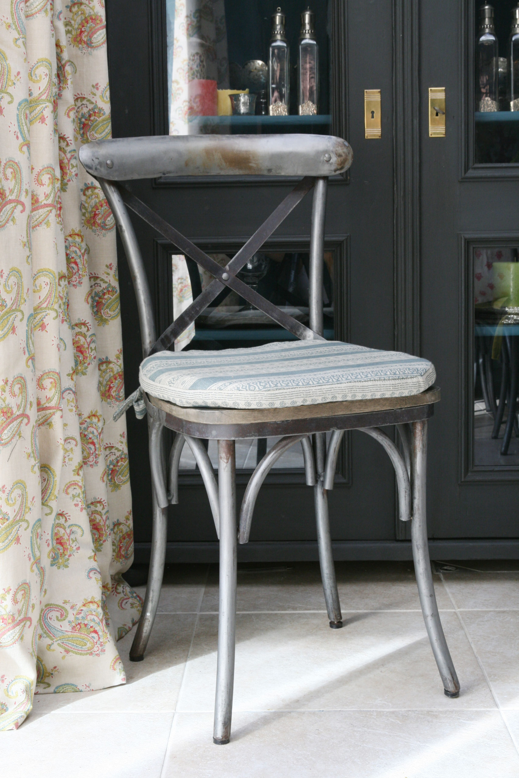 Teal-Anoushka-Chairpad