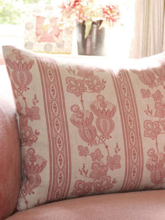 maud-pink-cushion