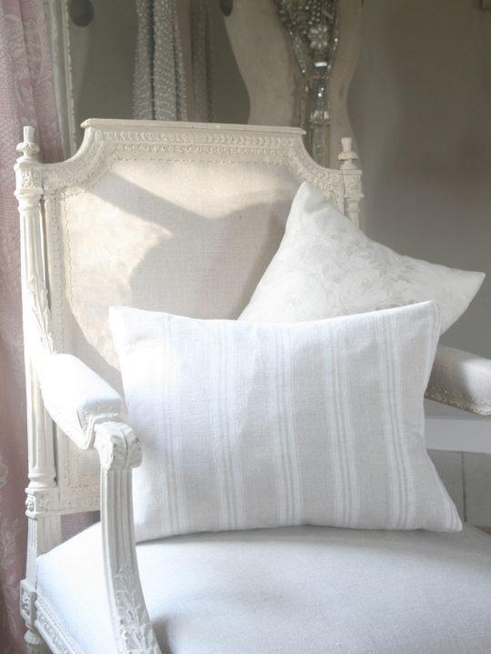 white-stripe-cushion