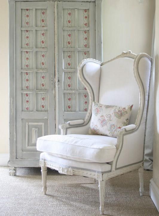 cameo-rose-cupboard