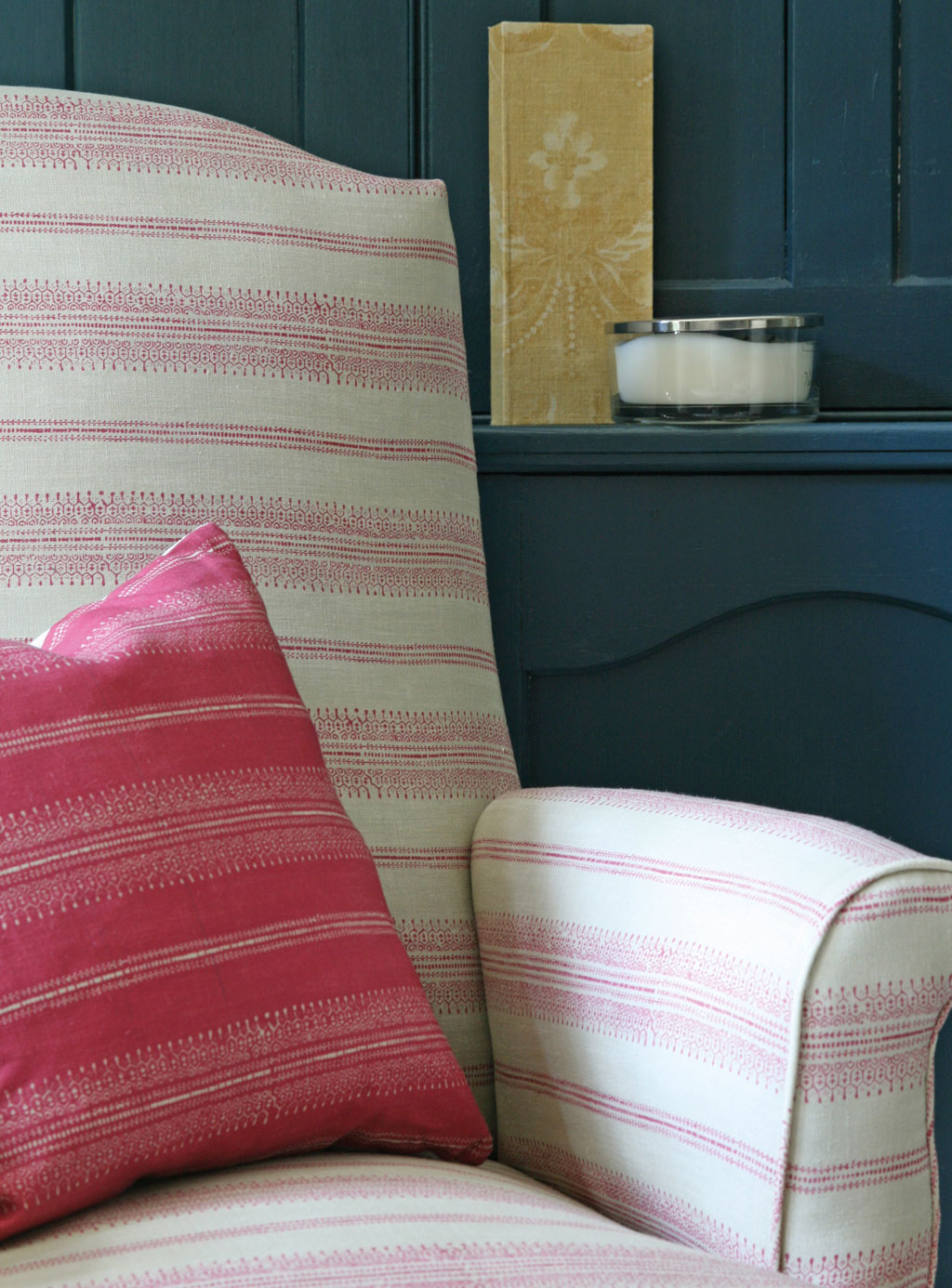camile-pink-chair-close-up