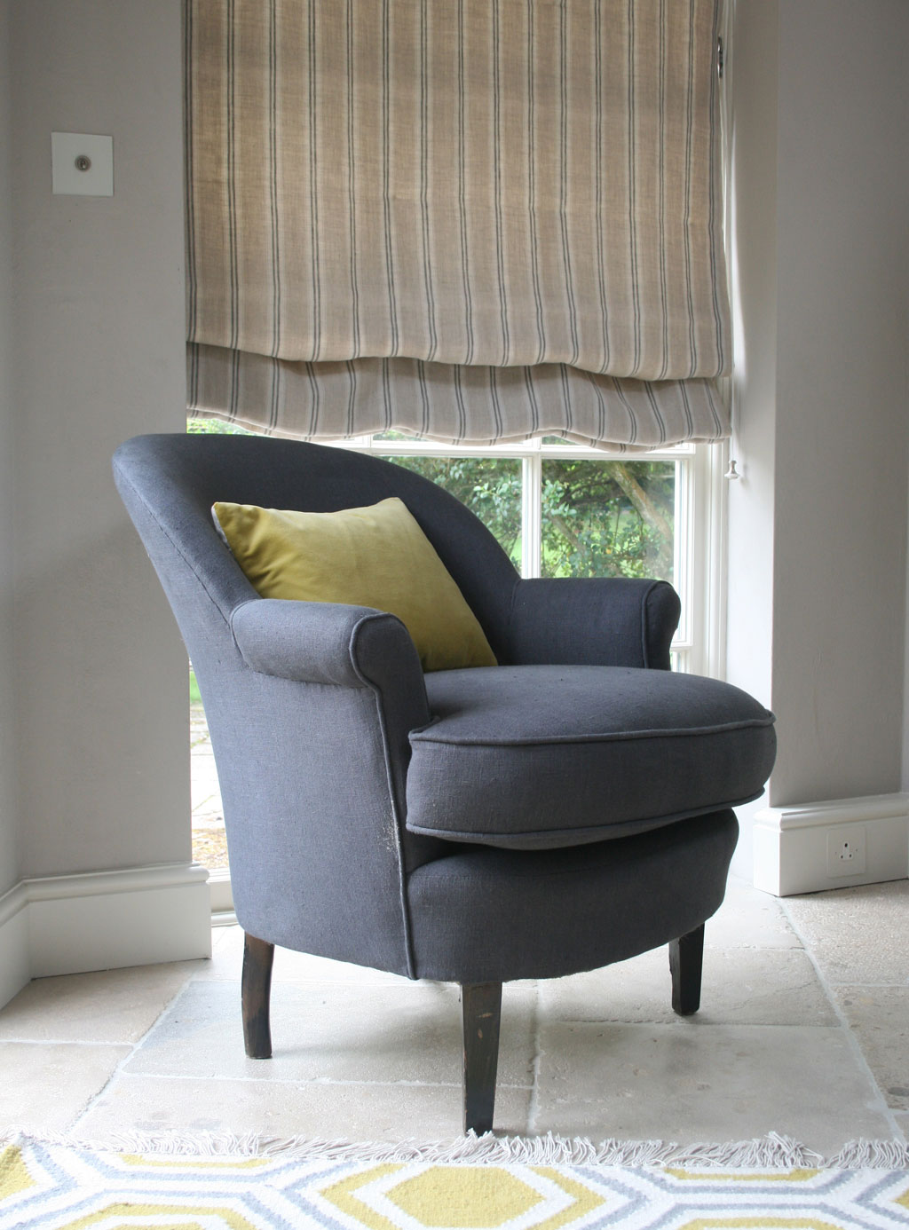 plain-charcoal-chair-stripe-dove-blind