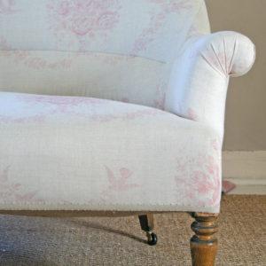 sofia-pink-sofa