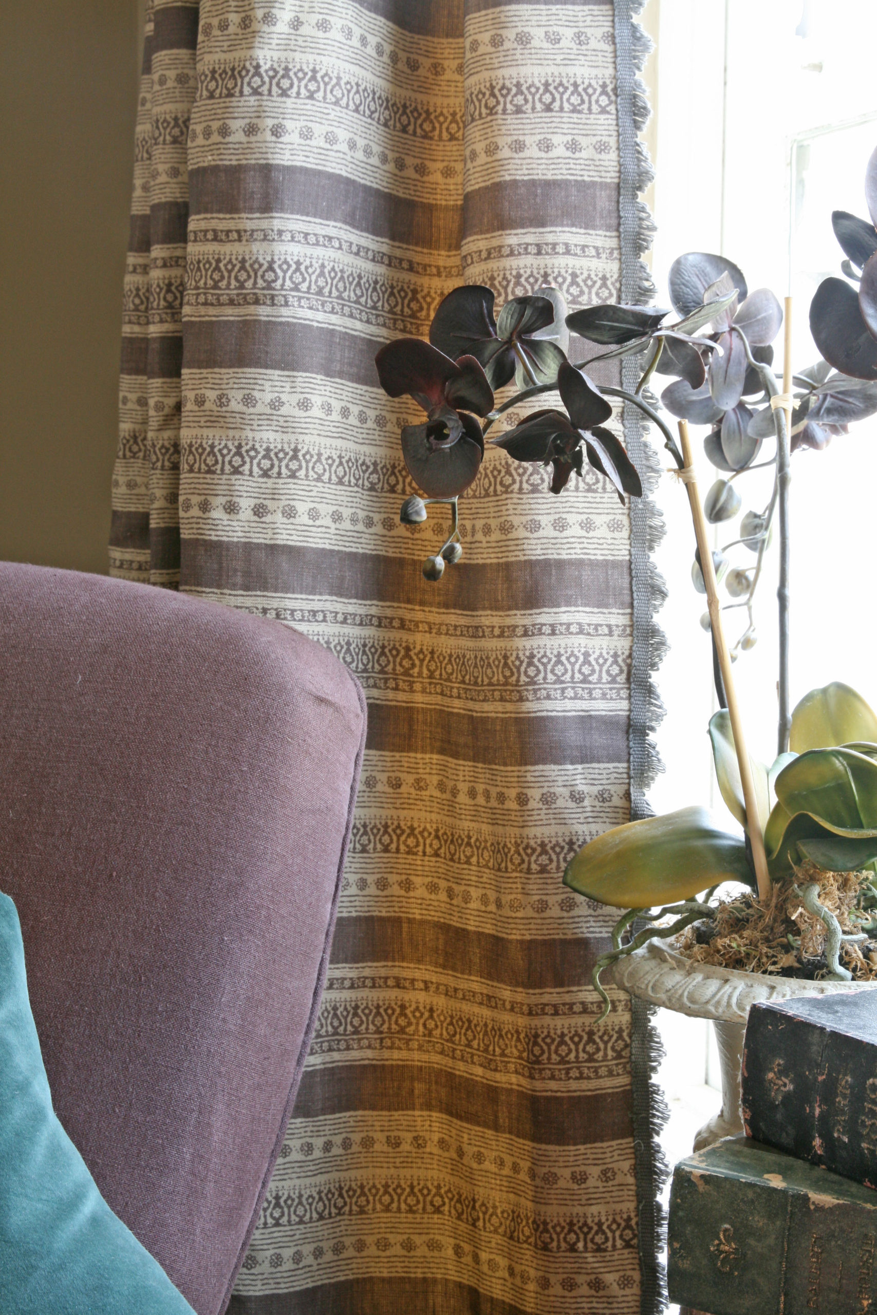 Anoushka Aubergine Curtain with Fan Edge Charcoal
