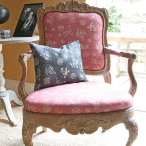 Anya-Pink-Chair