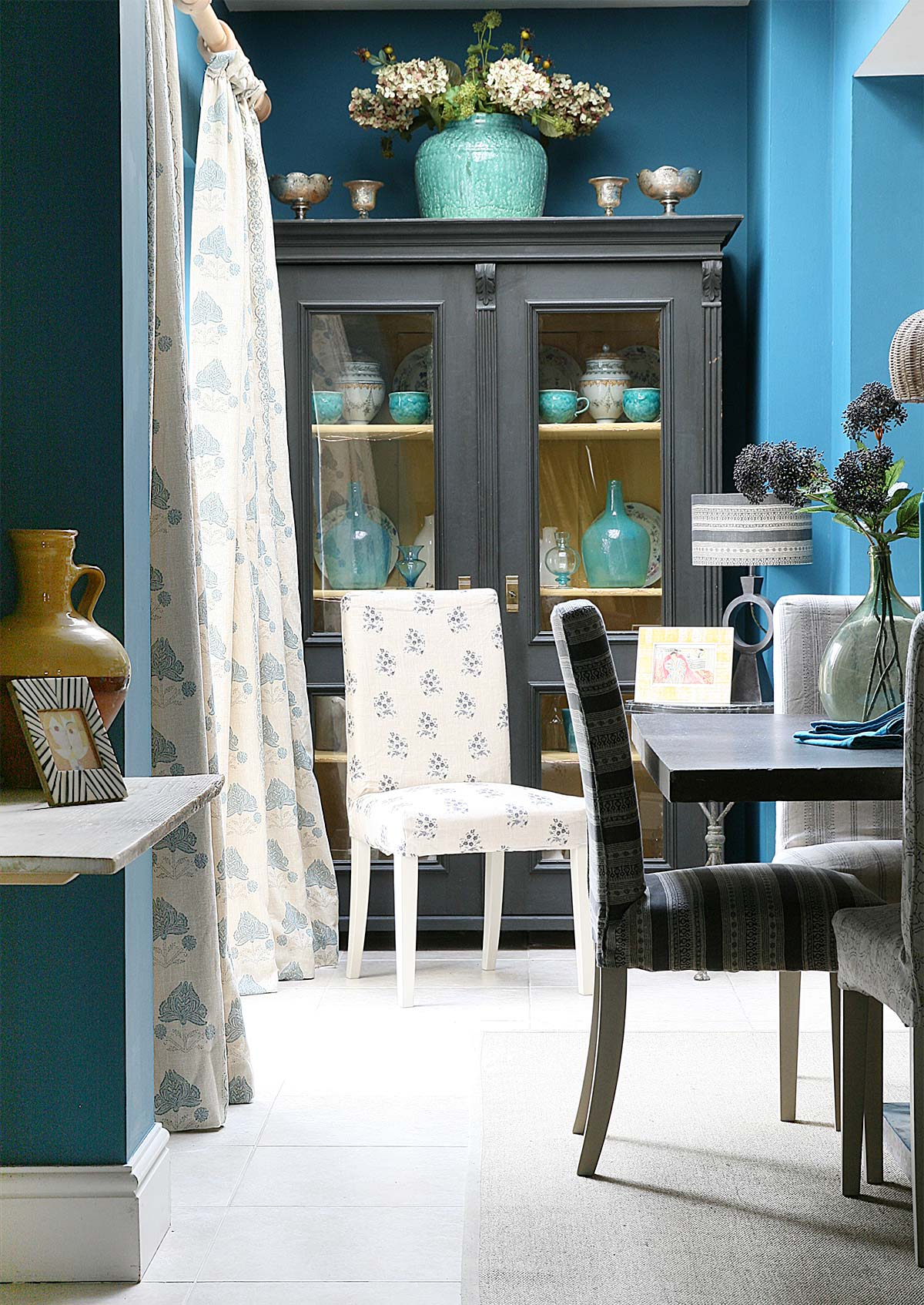 Blue-Malika-Curtains-in-Blue-Kitchen