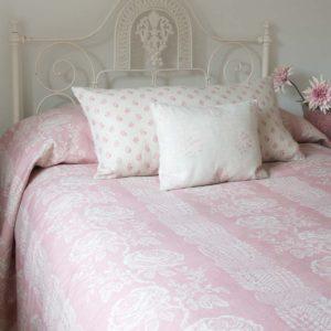 Delilah-Bedspread